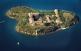 L'illa del Rei, al port de Maó, és on va desembarcar Alfons II el 1287 per conquerir Menorca als sarraïns.