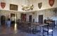 A la sala de Renaixement de les Pallargues hi menen les cambres, la capella i la presó.