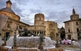 La font de Neptú, que identifiquem en entrar a la plaça de la catedral de València, li atorga al lloc un aire plenament romà.