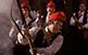 La Festa del Pi de Centelles és de les últimes de l'any amb presència de pólvora. A la fotografia, galejadors a l'entrada de la població.