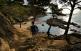 A l'est de la platja de Castell, a Palamós, s'estén una costa retallada amb platgetes sota alts espadats de llicorella. A la imatge, la cala Estreta.