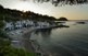 La cala s'Alguer, a Palamós, conserva les antigues barraques de pescadors, que es remunten al segle XVI. Hi passa el camí de ronda que uneix la platja Fosca amb la de Castell.