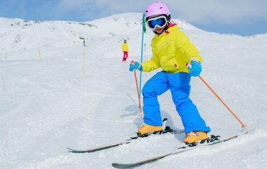 Nens esquiant