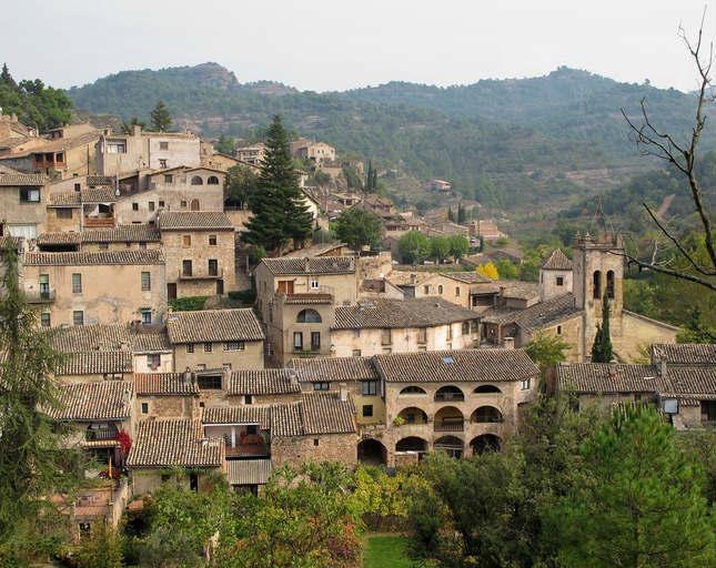 El poble de Mura