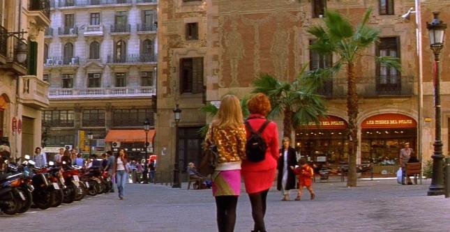 Cecilia Roth i Antonia San Juan al carrer de Sant Pere més Alt