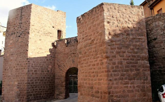 El portal de Graells, a Cardona