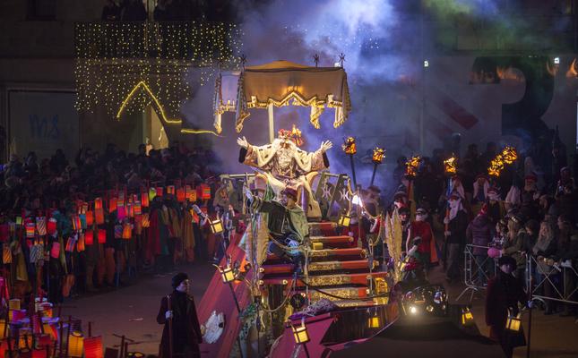 Els Reis Mags arribant a Vic