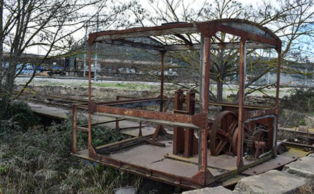 Placa giratòria per a locomotores de vapor a Sant Vicenç de Castellet