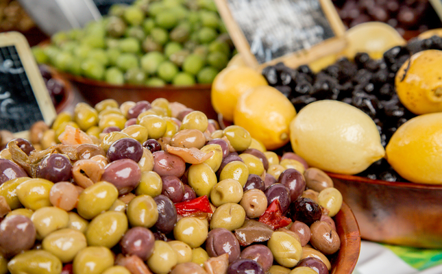 Olives al mercat