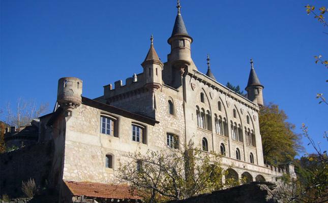 Castell de la Torre del Riu