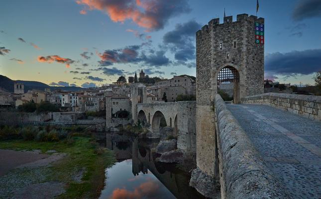 Pont Besalú