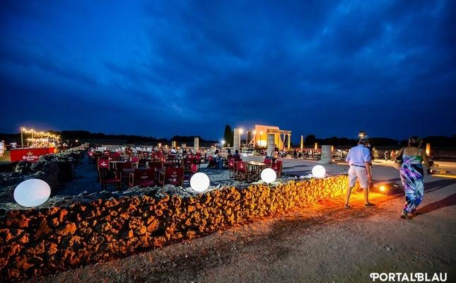 Festival Portalblau