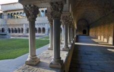 El claustre del monestir de Sant Cugat té 144 capitells, cap d'igual