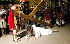Via Crucis vivents