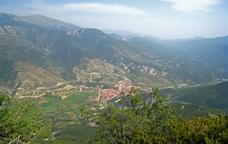 Bagà vist des de la roca Tirabal