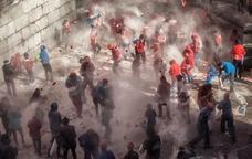 Guerra de farina entre bàndols a Berga