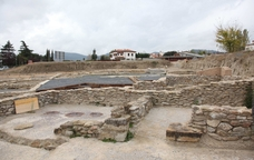El poble rom� del camp de les Lloses