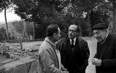 L'escriptor Josep Pla al jaciment d'Ullastret