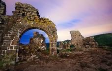 Castell d'Erampruny� al capvespre