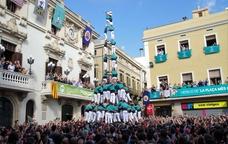 Tres de deu amb folre i manilles dels Castellers de Vilafranca