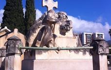 Escultura al Cementiri del Masnou