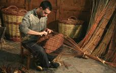 Dels cistells als ganivets: artesans de Solsona