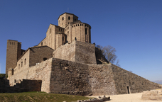 La col·legiata de Sant Vicenç, al recinte del castell de Cardona