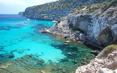 Anem a la Mola de Formentera pel camí de sa Pujada