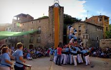 Castellers a la Diada del Castell de Cervià de Ter