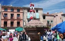 Exhibició castellera durant la Festa de la Farigola
