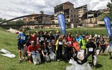 Un grup de participants de la Ultra Clean Marathon