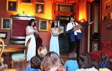 Representació teatral a la Masia d'en Cabanyes
