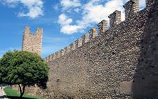 Visita guiada a les muralles medievals de Montblanc