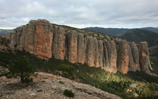 Amb les roques del Masmut a l'horitzó