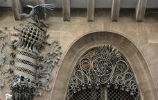 Nits de mapatge al Palau Güell
