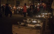 La visita nocturna pel Cementiri del Poblenou, totalment ambientada