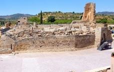 Del castell de Solivella només en resten murs i indicis del seu setial.