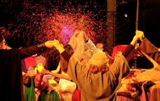 L'Esbart de la Vila d'Esplugues és l'encarregat de representar aquest gran espectacle musical