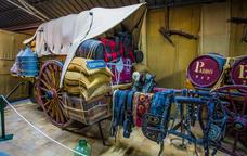 Visita al Museu de Carros i Eines del Camp