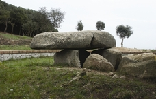 El jaciment prehistòric de la Roca d'en Toni, a Vilassar de Dalt