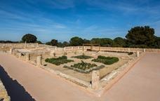 La porta de grecs i romans a Empúries