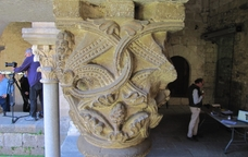 Un dels capitells del Monestir de Sant Cugat del Vallès