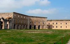 Els castells de Sant Ferran i Bellaguarda