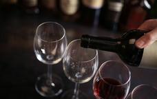 Copes preparades per al tast de vins