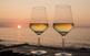 Posta de sol, tapes i vi a la costa de Mallorca
