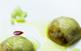 Ravioli de poma i botifarra negra