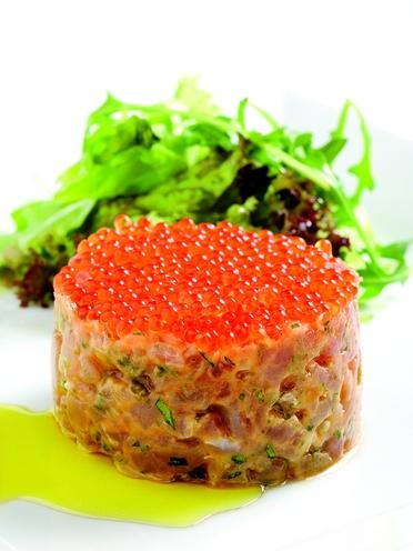 """""""Tàrtar de tonyina amb caviar de truita"""""""