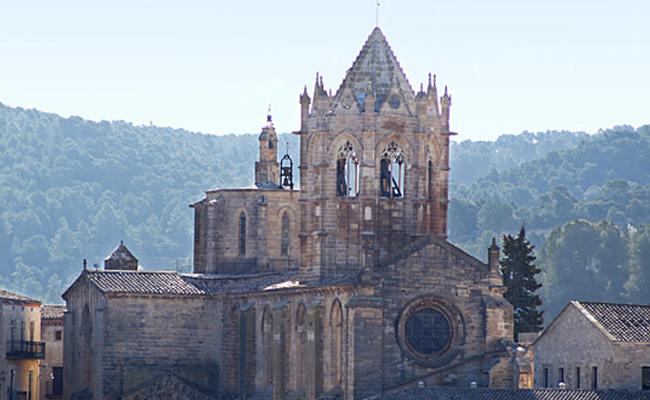 Quin any es va commemorar el 850è aniversari del monestir de Vallbona de les Monges?
