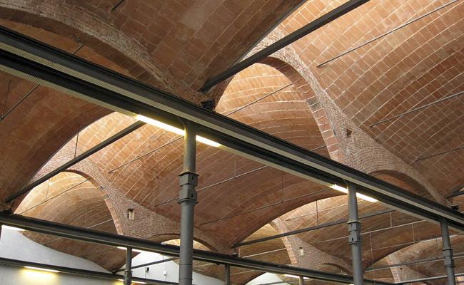 Quin arquitecte va projectar el Vapor Aymerich?