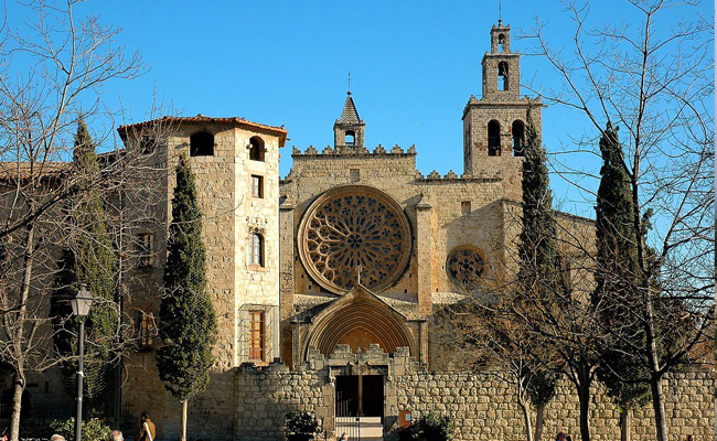 A quin segle es remunta l'origen del monestir de Sant Cugat?